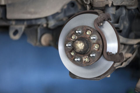 車の修理とか部品交換に詳しいやつちょっと来てくれ