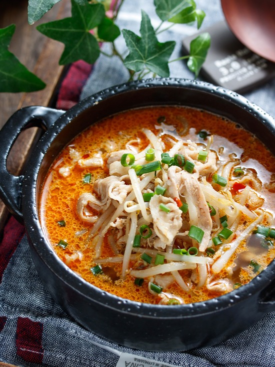 豚もやしピリ辛スープ3