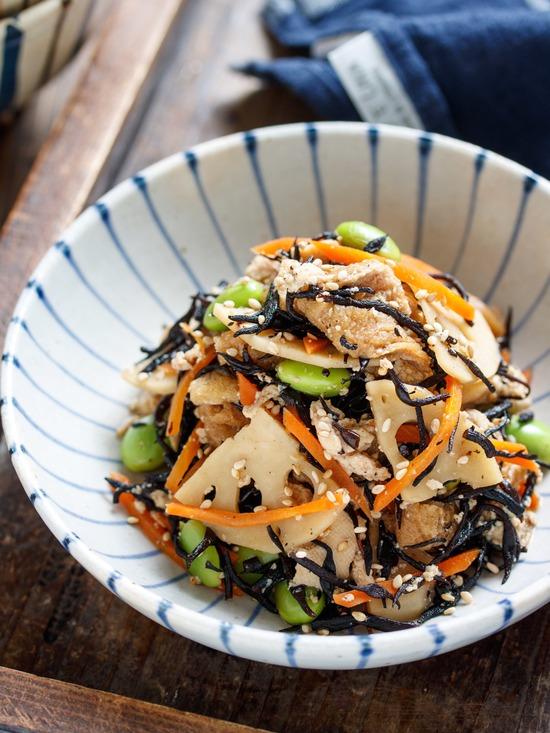 豆腐とひじきの煮物2