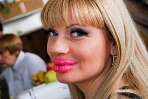 silicone-lips-fake-plastic-13