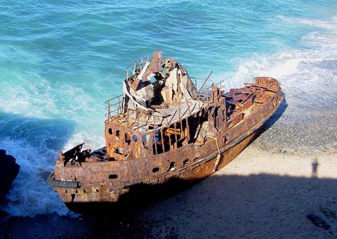 shipwreck-vila-nova-de-milfontes-portugal