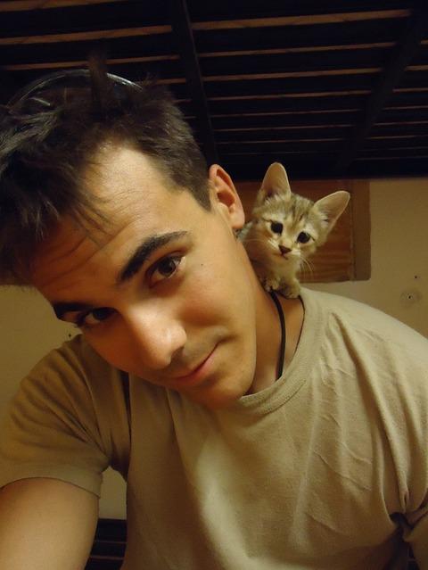 cats_mans_best_friend_5