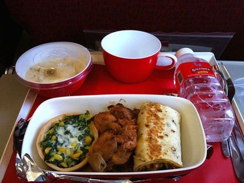 inflight_meals_of_different_airlines_640_01 (1)