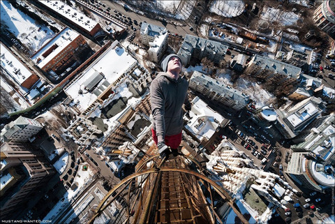 extreme-rooftopping-skywalking-20