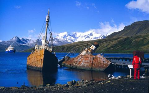 abandoned-whaling-boats-at-grytviken-south-georgia
