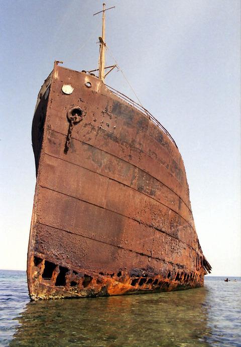 shipwreck-red-sea