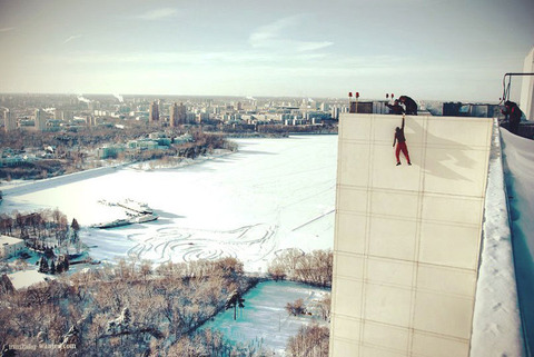 extreme-rooftopping-skywalking-15