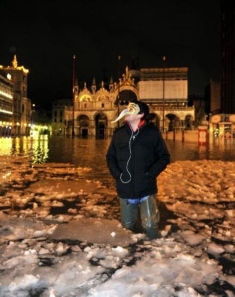 venice-italy-ice-storm-1