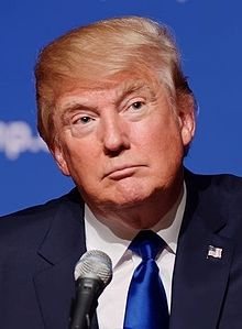 Donald_Trump_August_19,_2015_(cropped)