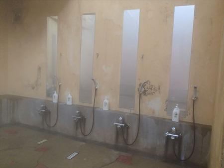 61洗い場カラン