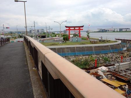 13弁天橋から鳥居