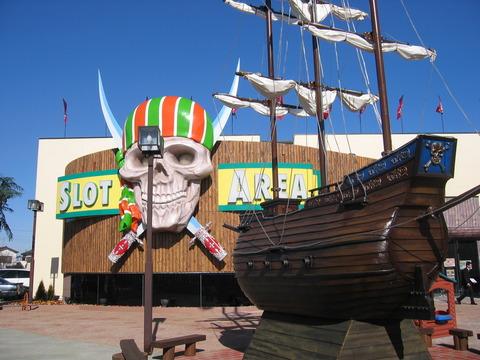 海賊船&ガイコツ