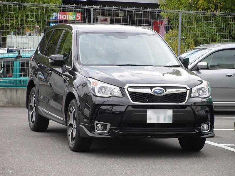 800px-Subaru_Forester_XT_(SJ)_front