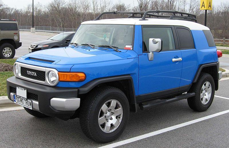Toyota-FJ-Cruiser-2