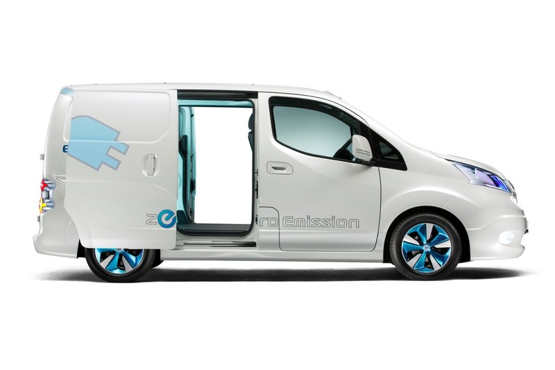 nissan-e-nv200-doors-open