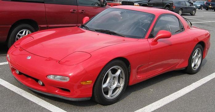 800px-Mazda-RX7-FD