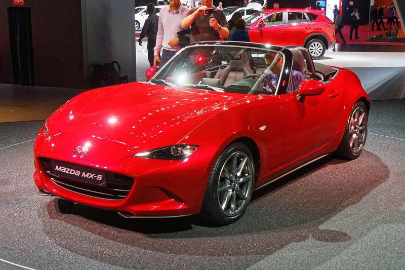 Mazda_MX-5_-_Mondial_de_l'Automobile_de_Paris_2014_-_003