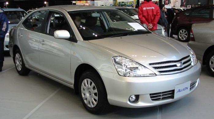 800px-2001_Toyota_Allion_01