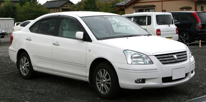800px-2004-2007_Toyota_Premio