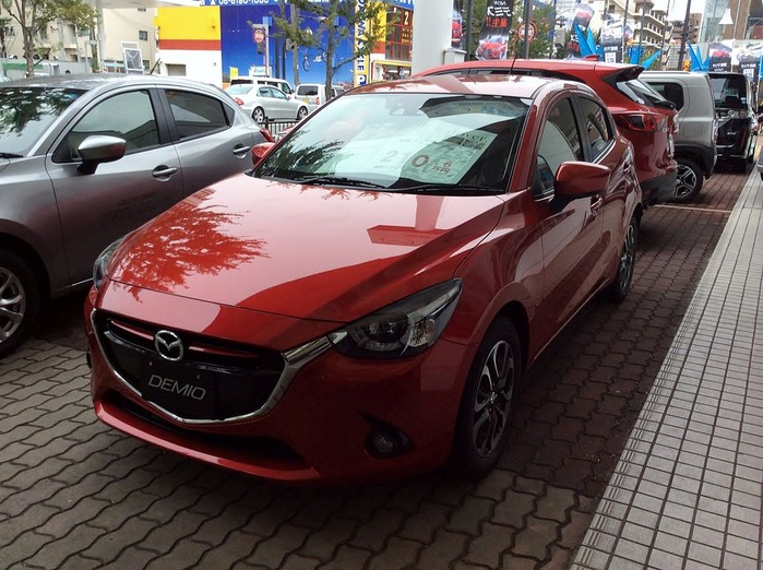 Mazda_DEMIO_XD_Touring_L_Package_(DJ)_front