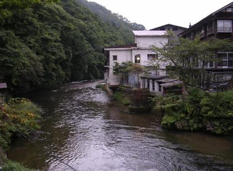 大沢温泉川