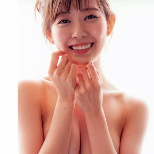 渡辺美優紀 手ブラヌード!!!