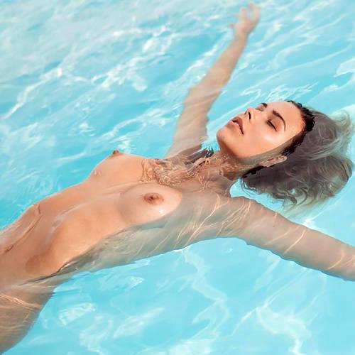 美乳で美尻で、美脚で激カワ!すべてが完璧なファッションモデルさんの美し過ぎる全裸www