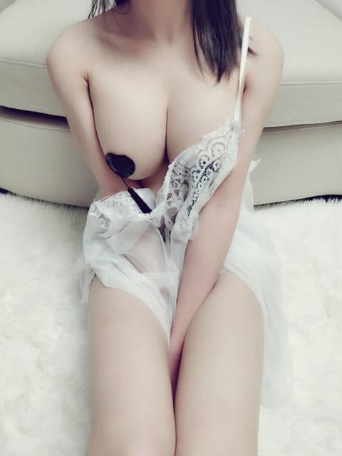 隣国系の乳撮りエロ画像 part7