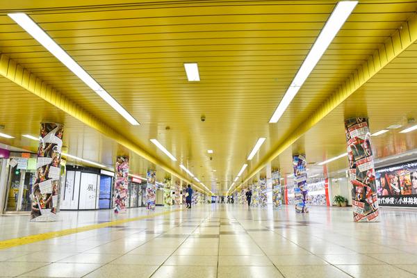 『ラブライブ!』大規模広告が新宿地下のメトロプロムナードに登場!-1
