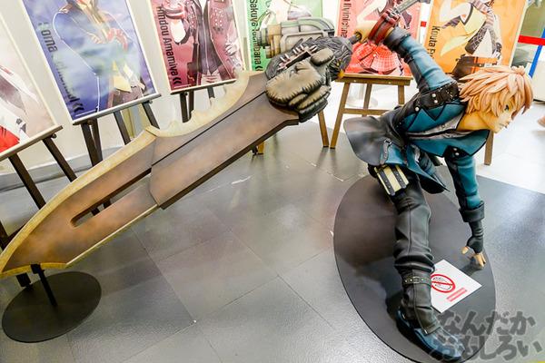 等身大オウガテイルや武器、貴重なアニメ資料も!『GOD EATER』展が秋葉原で開催中!早速その様子をフォトレポート_03458