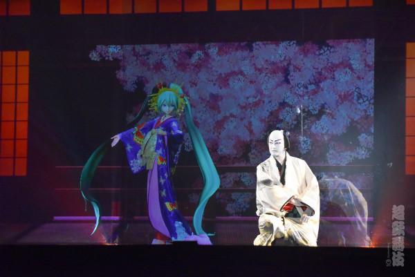 超歌舞伎の中村獅童と初音ミク