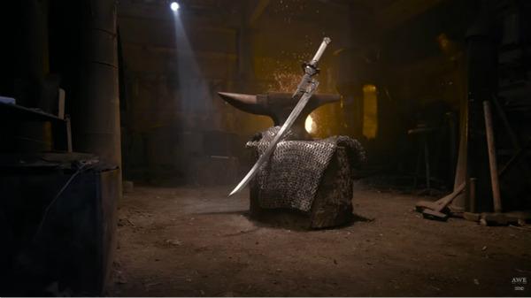 『ニーア オートマタ』海外の鍛冶職人、大型剣「白の約定」をリアルに制作!_073157