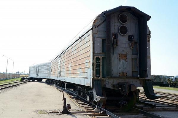 鉄道移動型RT-23発射車両_11