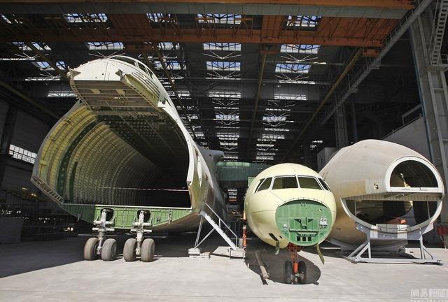 An-225 2号機_1