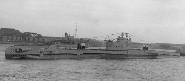 T級潜水艦