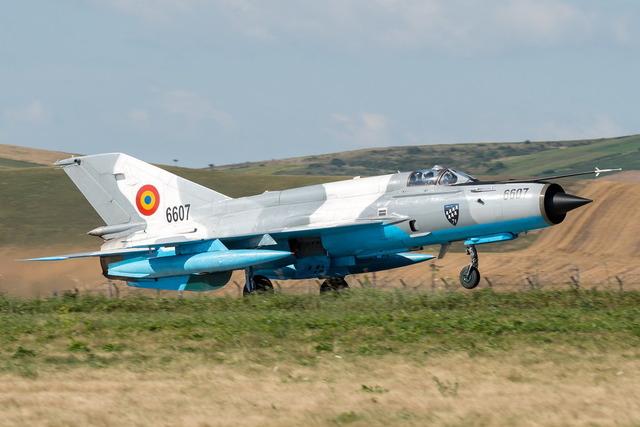 ルーマニア MiG-21
