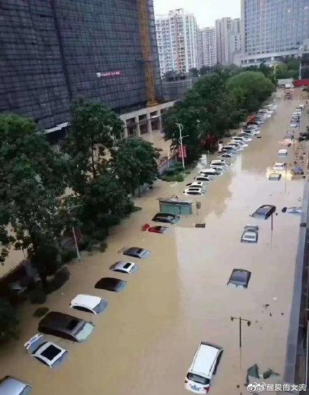 広州市豪雨_9