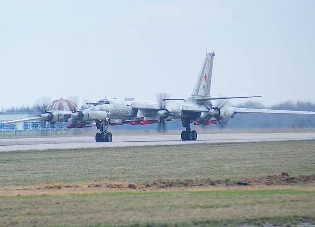 Tu-95 Kh-101_1