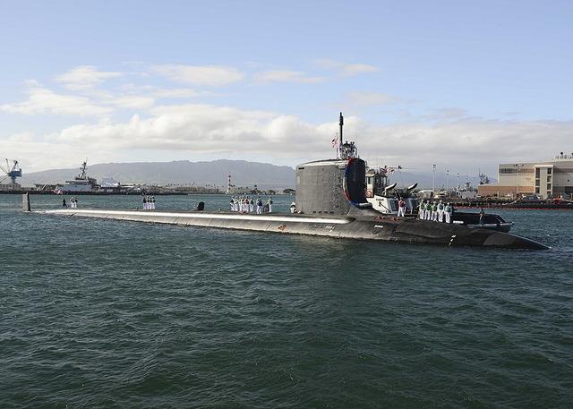バージニア級原子力潜水艦