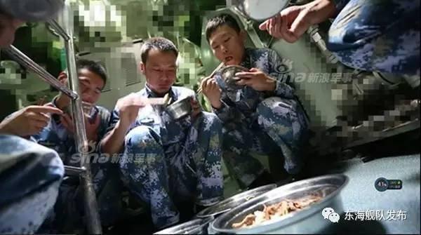 中国の潜水艦と食事_5