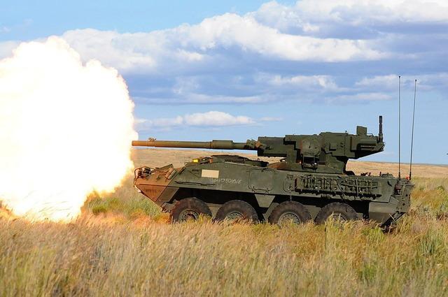 ストライカー装甲車_1