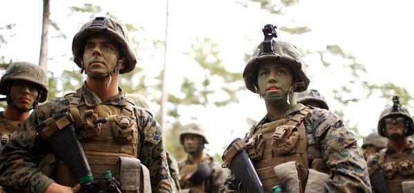 女性海兵隊