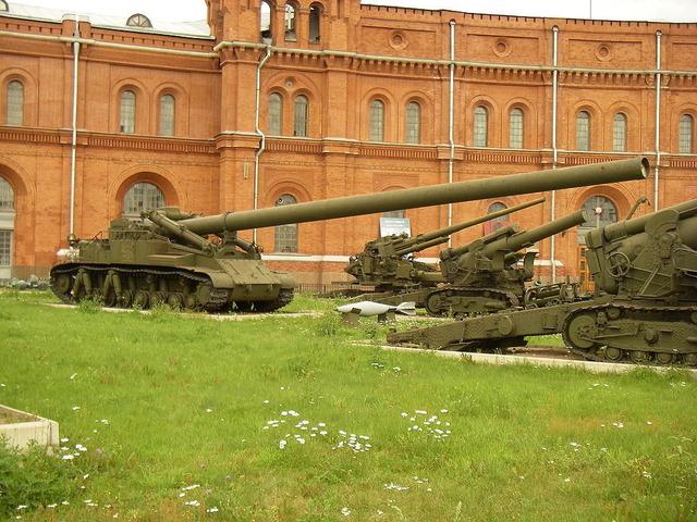 2B1オカ 420mm自走迫撃砲