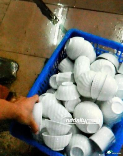 食器洗浄工場_5