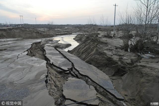 中国貯水池決壊_1