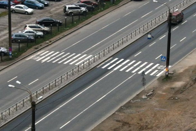 ロシアの横断歩道_2