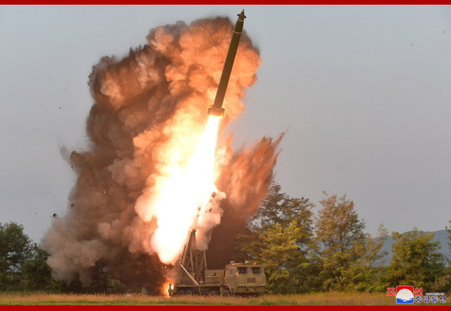 超大型ロケット砲_2