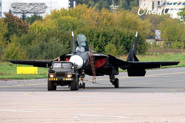 Su-47_1