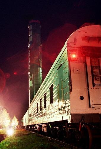 鉄道移動型RT-23発射車両_15