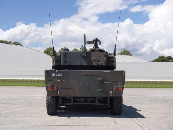 機動戦闘車_3